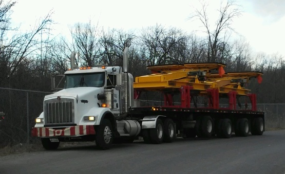 Specialized Flatbed Trucking Services